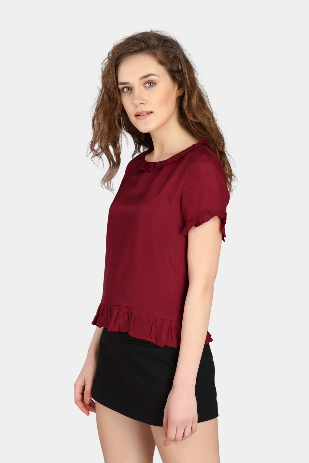 Short Ruffle Top -2